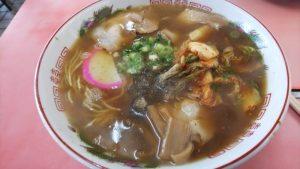 お昼にラーメンを食べにいきました(*^。^*)