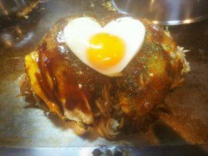 先日、広島焼きを食べに行ってきました